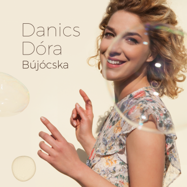 Danics Dóra - Bújócska